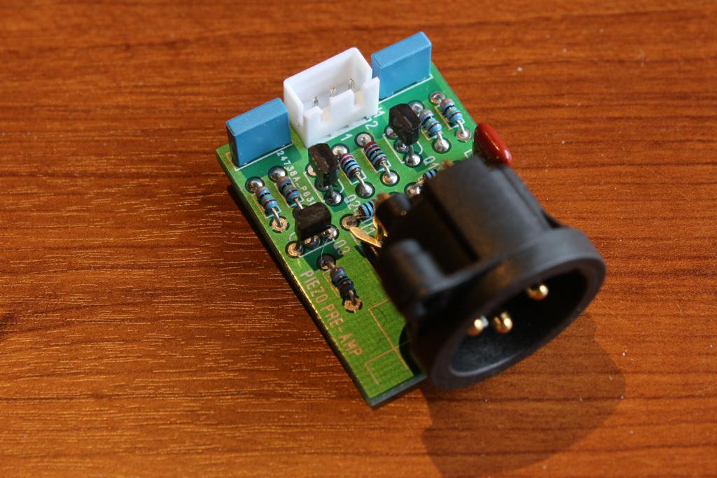 Piezo pre-amp board
