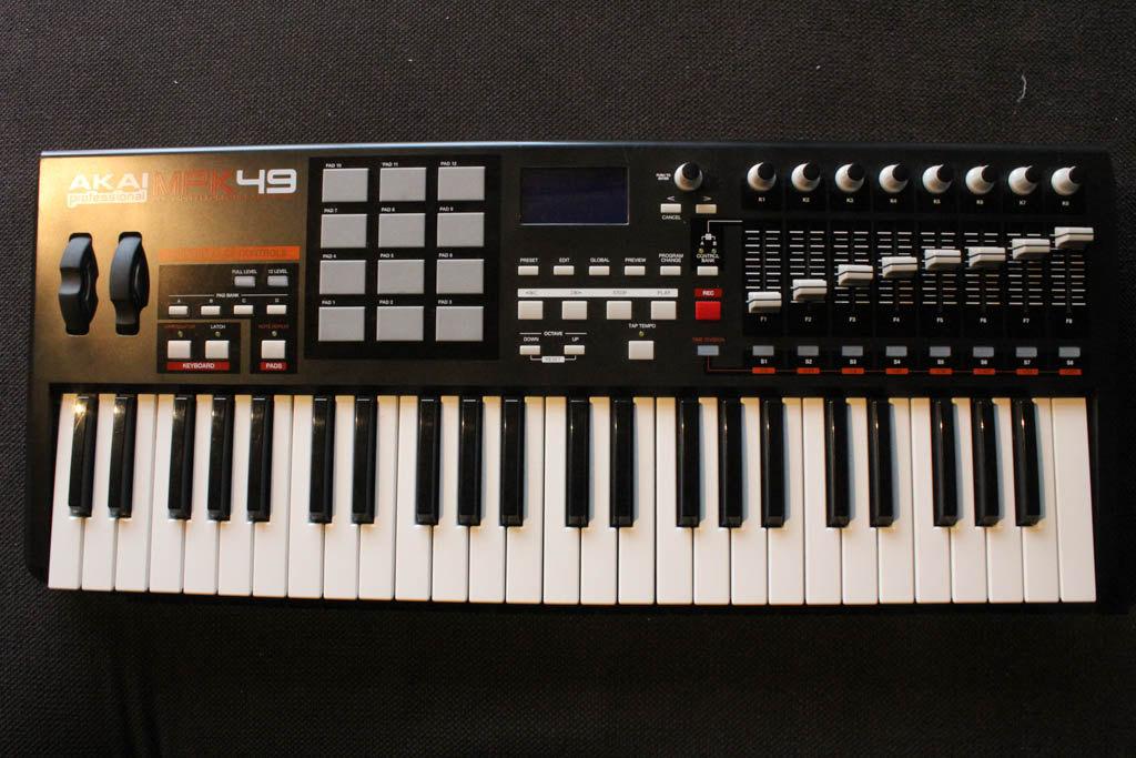 akai mpk49 controller keyboard