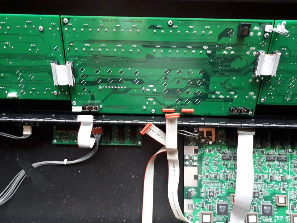 Poly Evolver synthesizer inside circuit boards